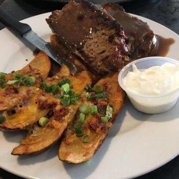 hirsch-creek-club-comfort-food